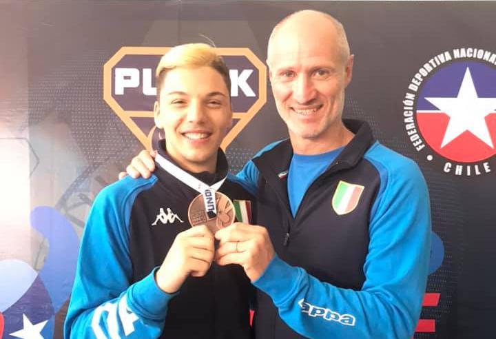 Daniele De Vivo bronzo Mondiali karate Cile